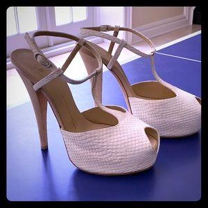 Giuseppe Zanotti Off-White Platform Sandals (S 40)